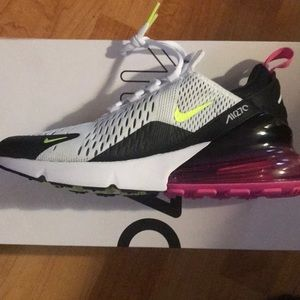 Air Max 270 (Men's Size) Size 7